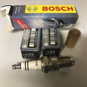 FR 8 DCX+, 3x Bosch Super Plus Spark Plug fit fiat
